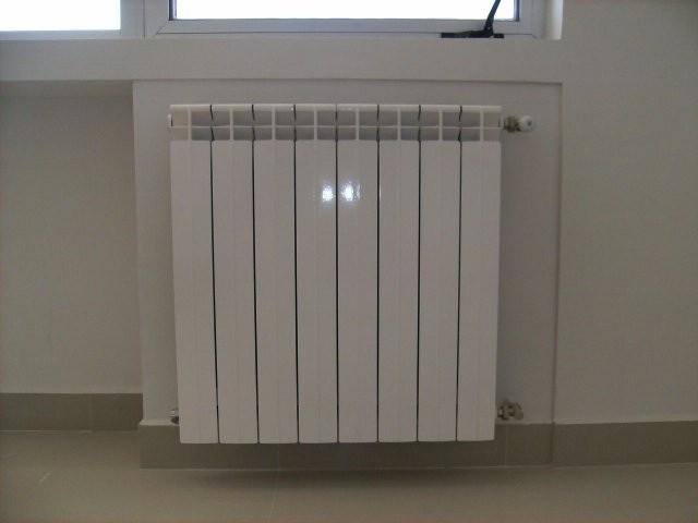 Radiadores para calefacci n hidr nica tienda hergom for Calefaccion lena radiadores